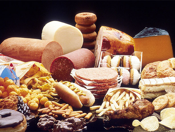 Do saturated fats increase risk of heart disease?