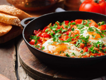 Tomato braised eggs