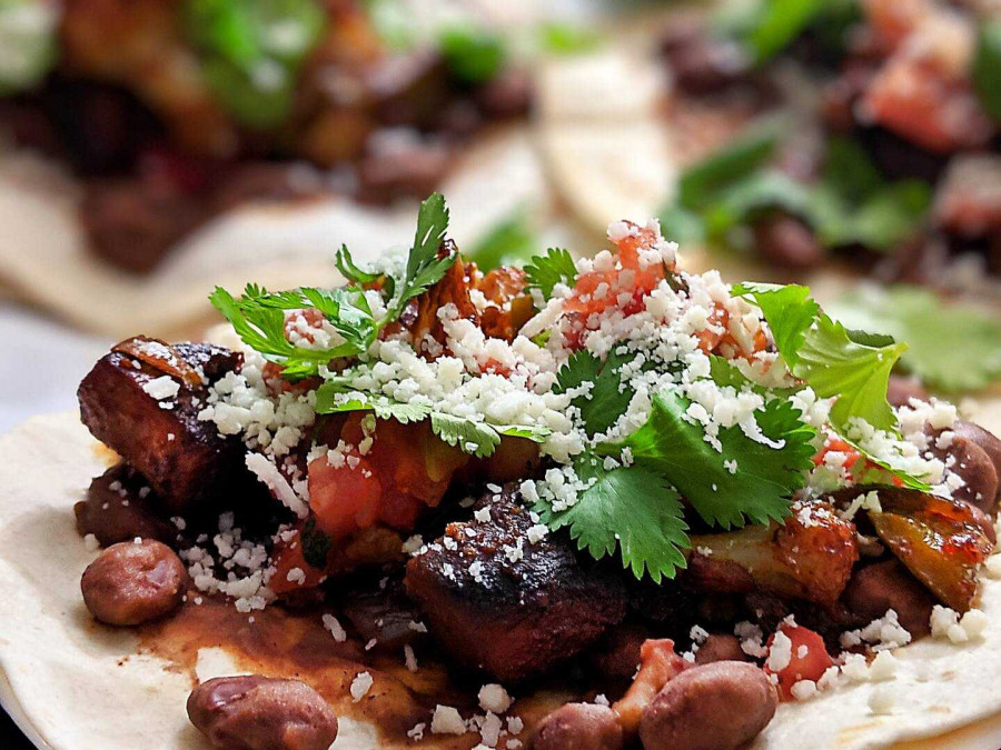Soft beef tacos with salsa